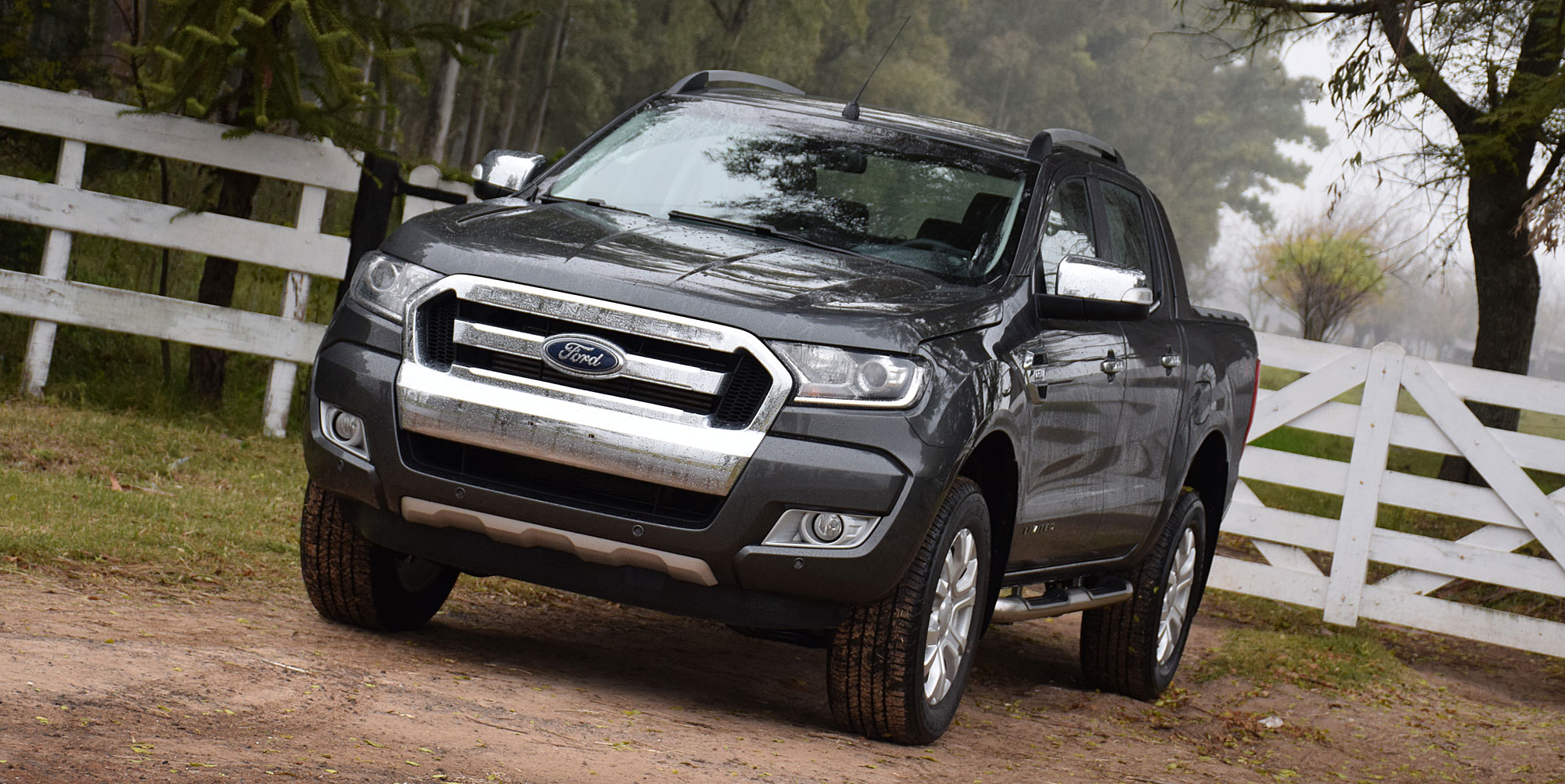 prueba nueva ford ranger limited 4 4 autom tica cajas autom ticas zanese. Black Bedroom Furniture Sets. Home Design Ideas