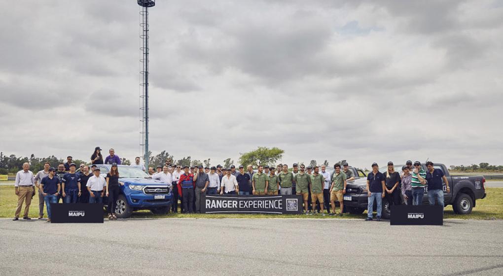 1_equipo_y_publico_participante_del_ranger_experience_1572898900